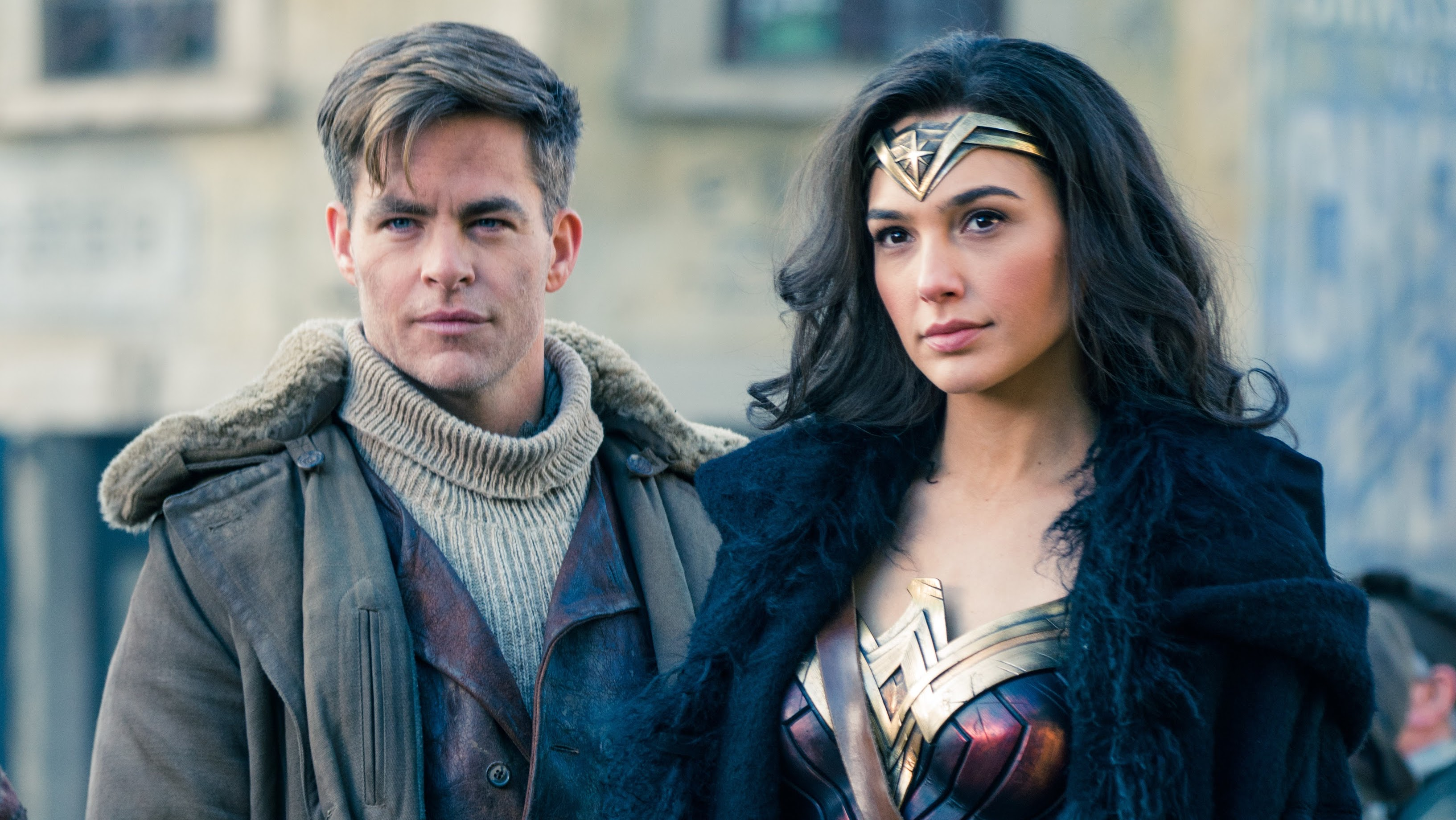 WONDER WOMAN 2 Has 'Very Singular Story,' New Love Interest