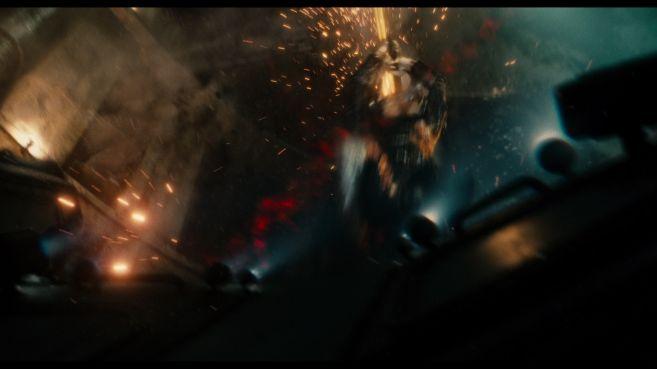 JL-comic-con-trailer-screencaps-110