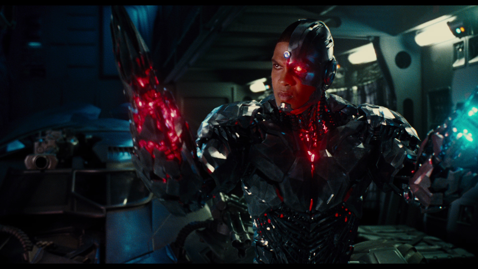 Steppenwolf Revealed In Justice League Comic Con Trailer ...