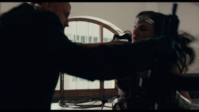 JL-comic-con-trailer-screencaps-25