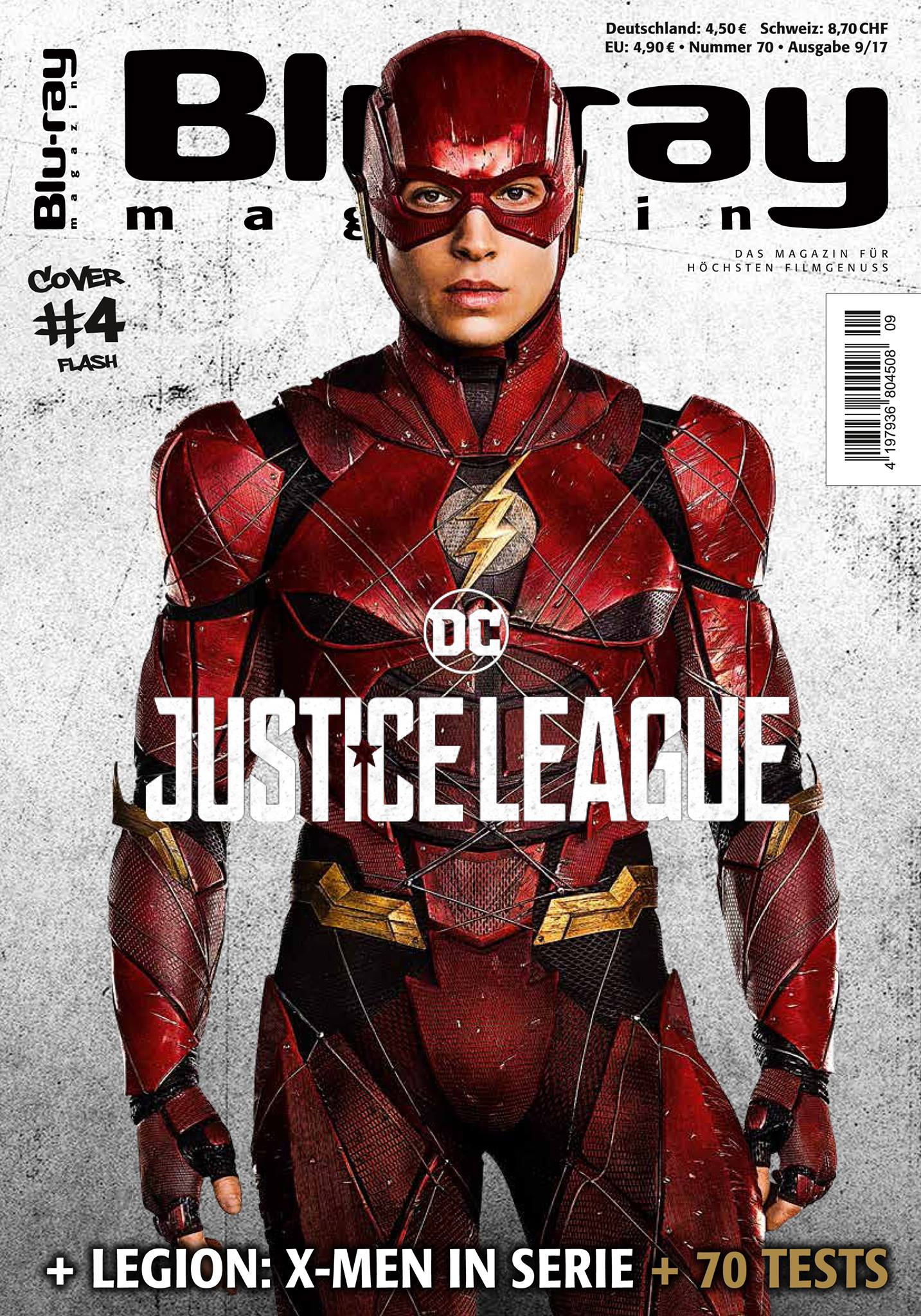 New Look At Ben Affleck As Batman And The Justice League On Blu - Magazines look superheroes real