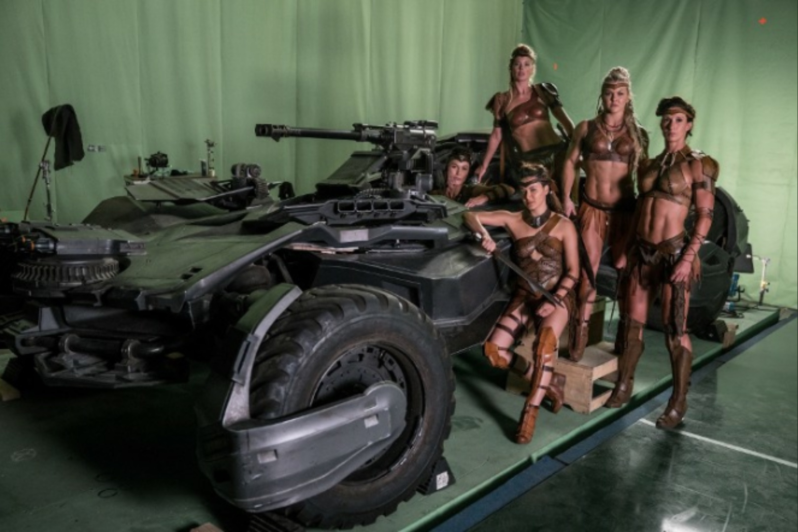 Amazons Batmobile Justice League