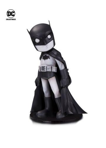 DC_Artist_Alley_Uminga_Batman_Black_White_Variant_59e14eb441ed85.85710371n