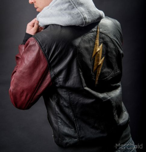 Flash_JL_Jacket_2