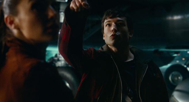 JL-new-trailer-HD-screencaps_111