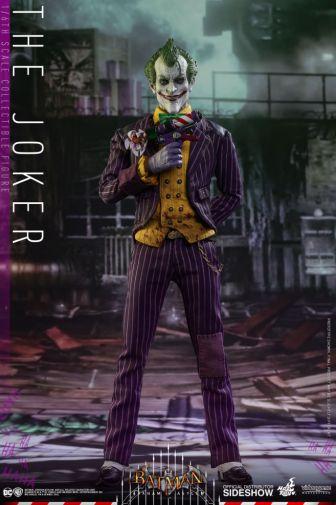 dc-comics-batman-arkham-asylum-the-joker-sixth-scale-hot-toys-902938-02