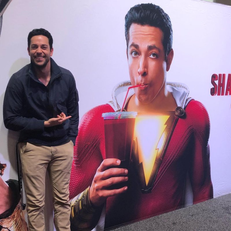 First Official Look At Zachary Levi As Shazam Is Here