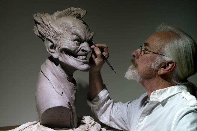 DC Collectibles - Rick Baker Joker Bust - Work in Progress - 01
