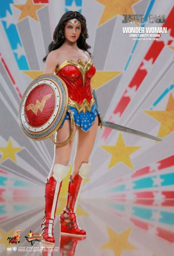 Hot Toys - Wonder Woman - Tokyo Comic-Con Exclusive - 11