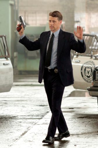Gotham - Season 5 - Ep 01 - 12