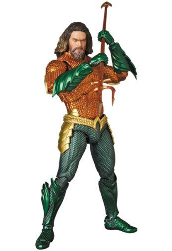 Medicom - MAFEX - Aquaman - 01