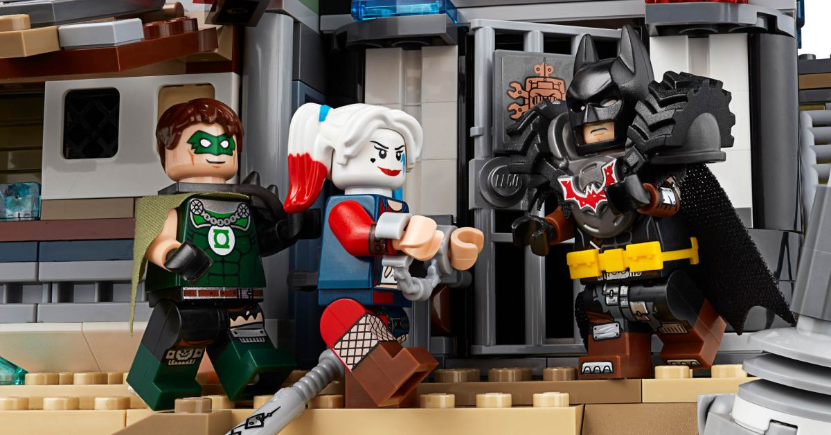 Batman And Harley Come To Lego Movie 2 Welcome To Apocalypseburg Set