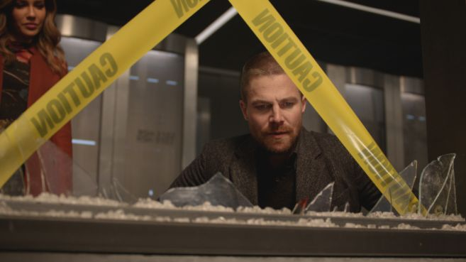 Arrow - Season 7 - Ep 10 - 01