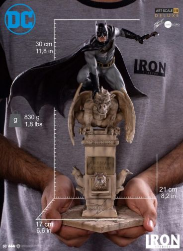Iron Studios - Batman Deluxe Art Scale - Batman - 14