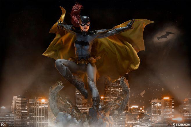 Sideshow - Batman - Batgirl Premium Format Figure - 01