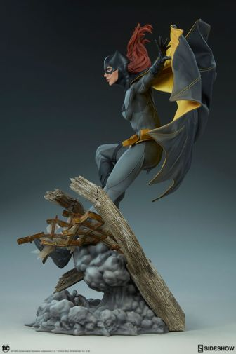 Sideshow - Batman - Batgirl Premium Format Figure - 07