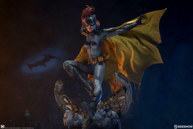 Sideshow - Batman - Batgirl Premium Format Figure - 35