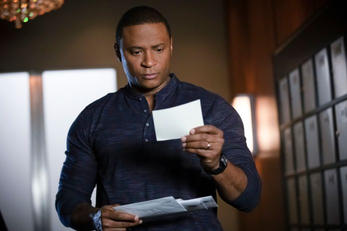Arrow's David Ramsey talks Green Lantern challenges | Batman