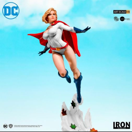 Iron Studios - DC Comics - Series 4 - Power Girl - 02