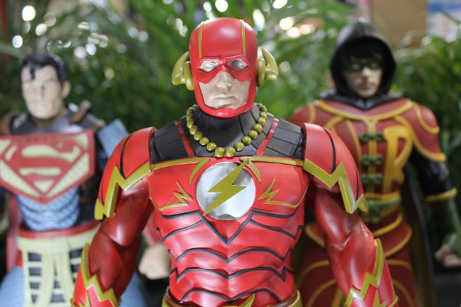 Poplife - Toy Fair 2019 - DC Armor Figures - 07