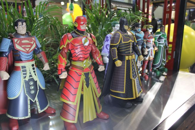 Poplife - Toy Fair 2019 - DC Armor Figures - 15
