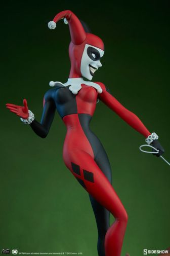 Sideshow - Batman the Animated Series - Harley with Hyenas - 08