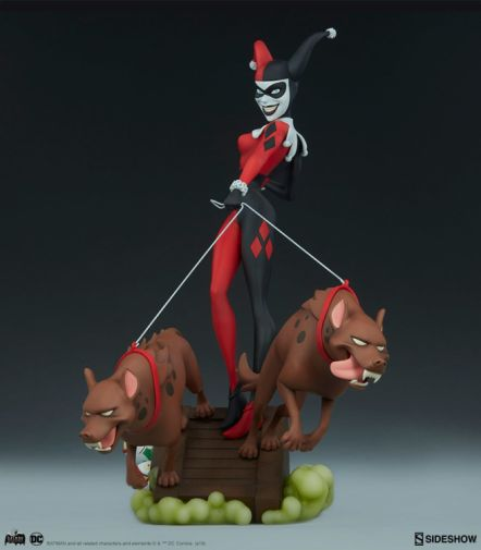 Sideshow - Batman the Animated Series - Harley with Hyenas - 13