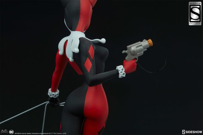 Sideshow - Batman the Animated Series - Harley with Hyenas - 20