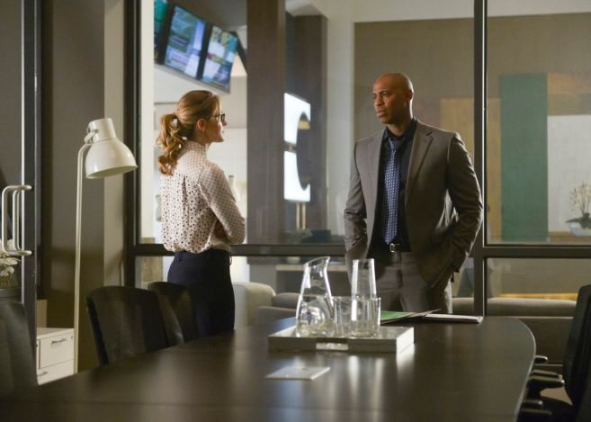 Supergirl - Season 4 - Ep 13 - 01