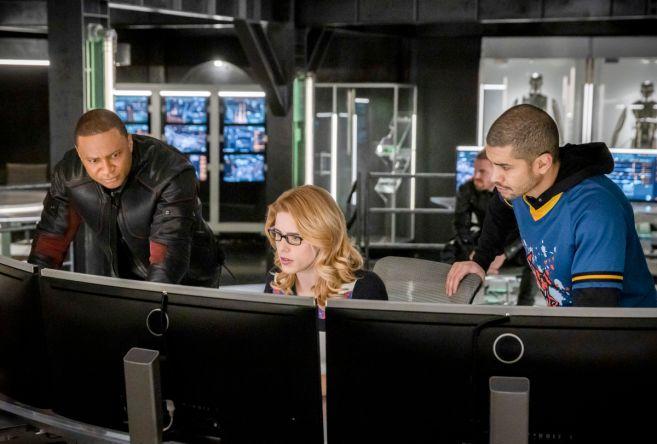 Arrow - Season 7 - Ep 17 - 12