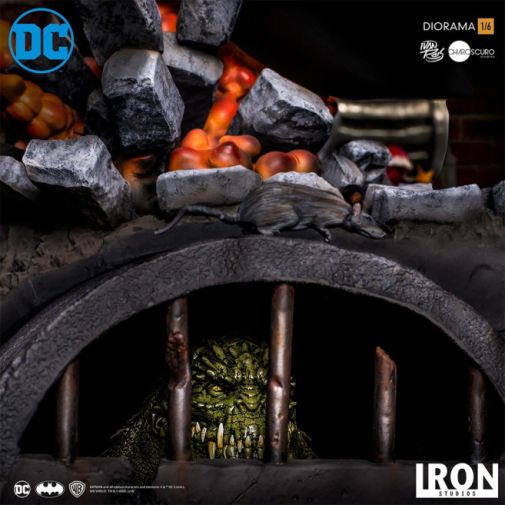 Iron Studios - Batman - Batman cs Joker Battle Diorama - 03