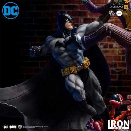 Iron Studios - Batman - Batman cs Joker Battle Diorama - 08