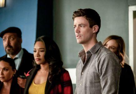 The Flash Celebrates 100 Episodes in New Episode Photos