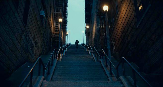 Joker - Trailer 1 - 06