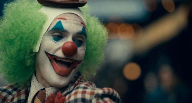 Joker - Trailer 1 - 13