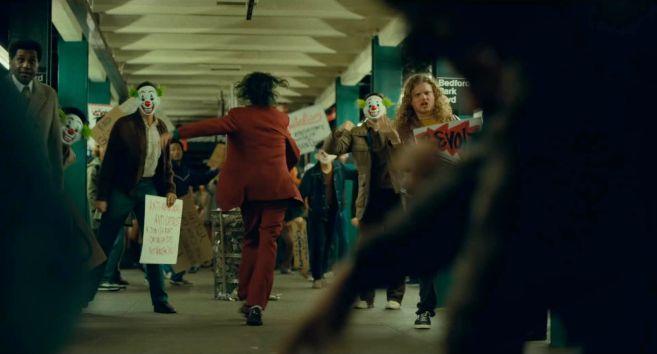 Joker - Trailer 1 - 44