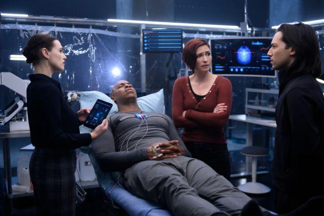 Supergirl - Season 4 - Ep 19 - 11