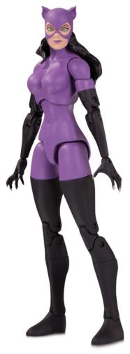 DC Collectibles - January 2020 - DC Essentials - Catwoman Figure - 01