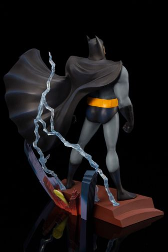 Kotobukiya - Batman the Animated Series - Opening Sequence - 02