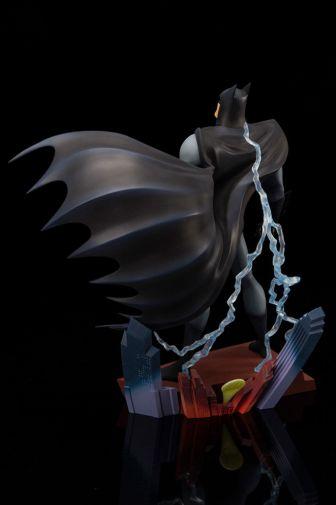 Kotobukiya - Batman the Animated Series - Opening Sequence - 06