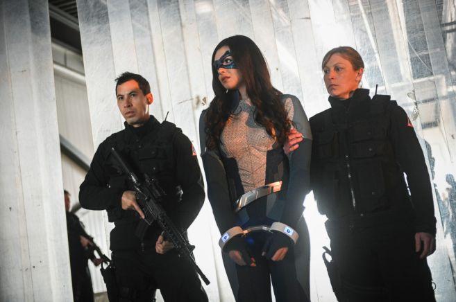 Supergirl - Season 4 - Ep 21 - 03