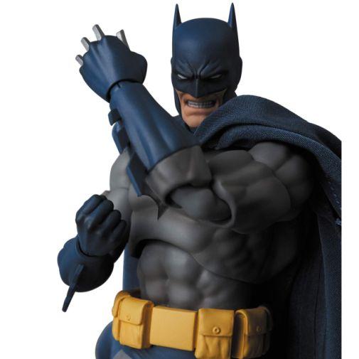 Medicom - MAFEX - Batman Hush - 09