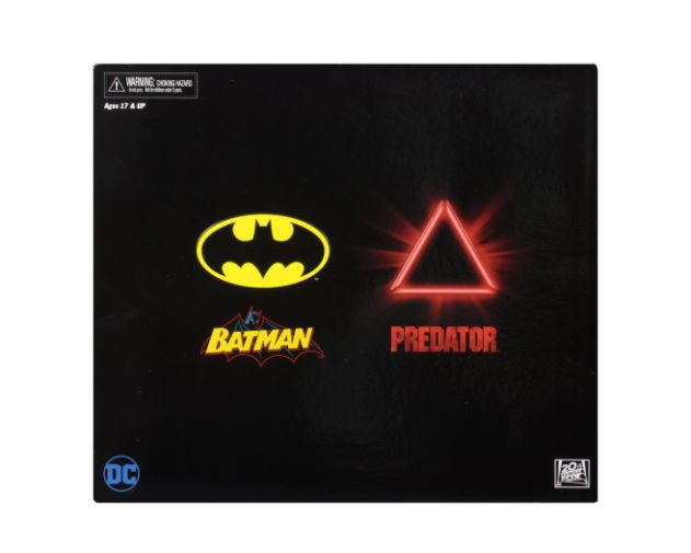 NECA - 2019 Convention Exclusives - Batman vs Predator 2-Pack - 02