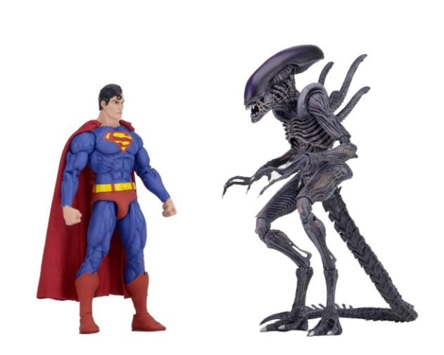 NECA - 2019 Convention Exclusives - Superman vs Alien 2-Pack - 02
