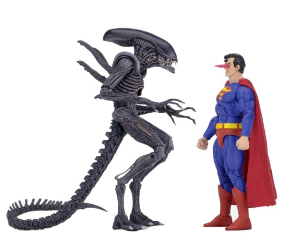 NECA - 2019 Convention Exclusives - Superman vs Alien 2-Pack - 03