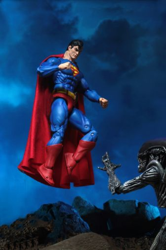 NECA - 2019 Convention Exclusives - Superman vs Alien 2-Pack - 14