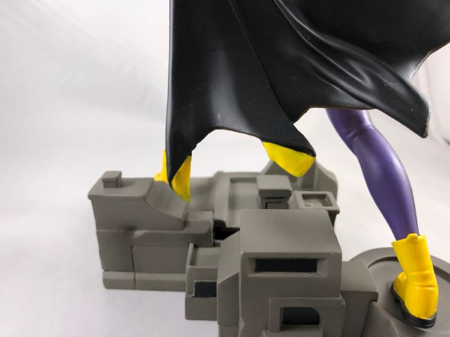 diamond-select-toys-comic-gallery-batgirl-14