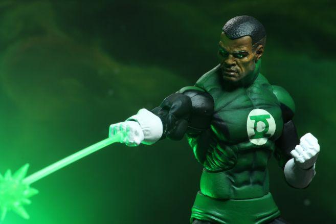 NECA - 2019 Convention Exclusives - Green Lantern vs Predator 2-Pack - 11