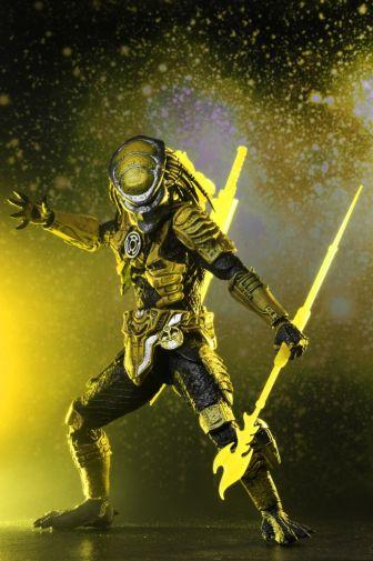 NECA - 2019 Convention Exclusives - Green Lantern vs Predator 2-Pack - 18