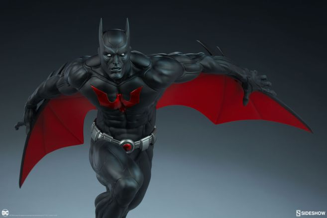 Sideshow - Batman - Batman Beyond Premium Format Figure - 06